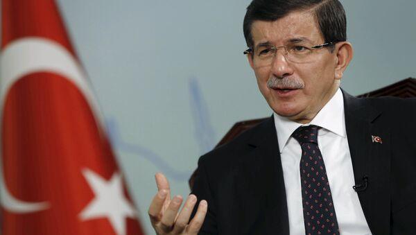 Il primo ministro della Turchia Ahmet Davutoglu - Sputnik Italia