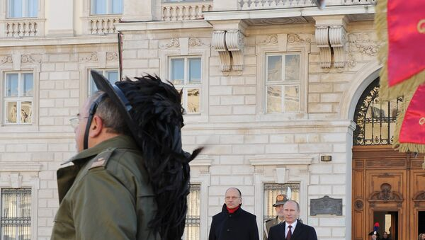 Putin e l'allora premier Letta il 26 novembre 2013 in occasione del bilaterale Italia/Russia a Trieste - Sputnik Italia