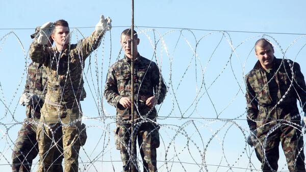 Militari sloveni al confine con la Croazia - Sputnik Italia