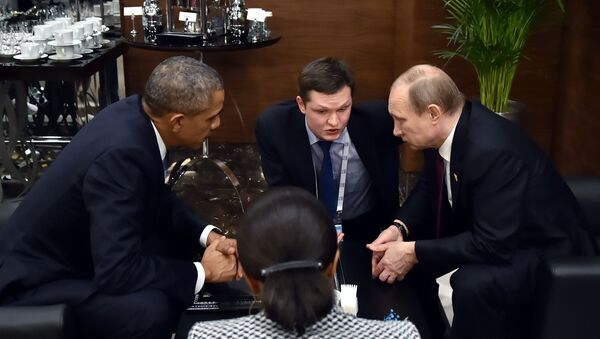 Il presidente russo Vladimir Putin e il presidente degli USA Barack Obama al summit G20 in Turchia. - Sputnik Italia
