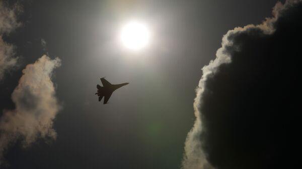 Российский истребитель Су-35 - Sputnik Italia