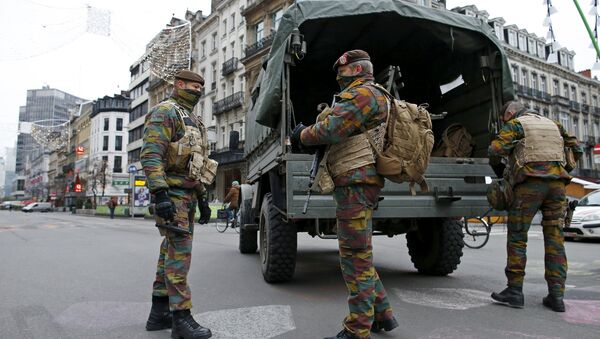 Militari a Bruxelles - Sputnik Italia