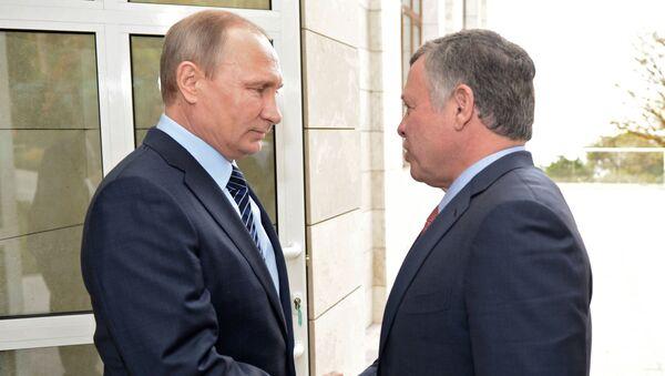 Владимир Путин и король Иордании Абдалла II Бен Аль-Хусейн в резиденции Бочаров ручей - Sputnik Italia