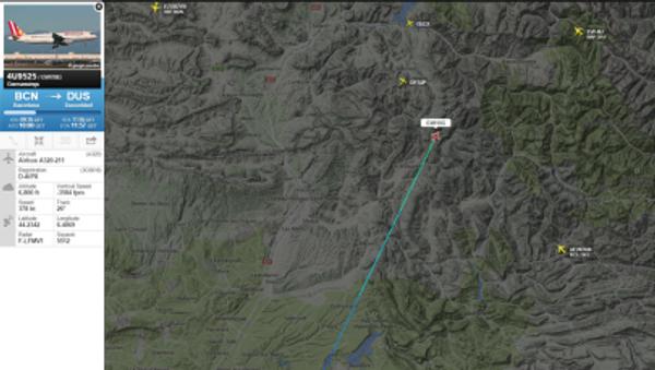 Скриншот с сайта Flightradar24, на котором изображен маршрут самолета Airbus A320, потерпевшего крушение - Sputnik Italia