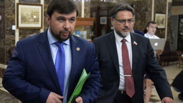 Denis Pushilin (DNR) e Vladislav Deynego (LNR) a Minsk - Sputnik Italia