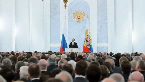 Vladimir Putin all'Assemblea Federale - Sputnik Italia