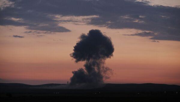 Bombardamenti in Siria - Sputnik Italia
