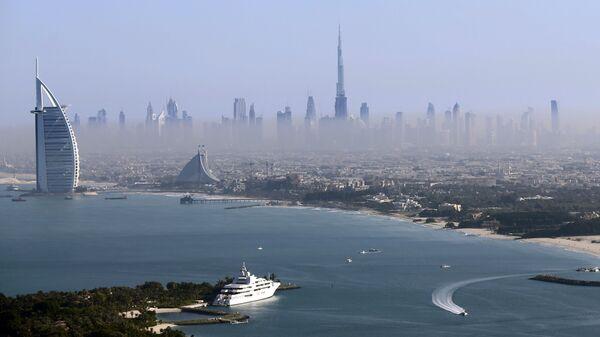 Вид на самую высокую башню в мире Бурдж-Халифа в Дубае, ОАЭ - Sputnik Italia