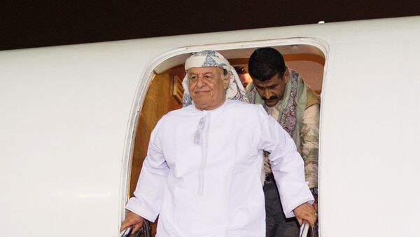 ll Presidente yemenita Abed Rabbo Mansour Hadi arrivato in aereo alla base aeronuatica in Arabia Saudita - Sputnik Italia