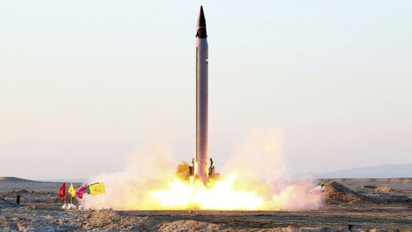 Iran, lancio missile balistico Emad - Sputnik Italia