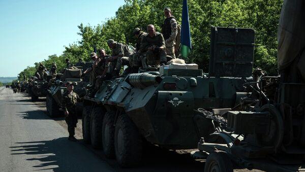 Colonna esercito ucraino nel Donbass - Sputnik Italia