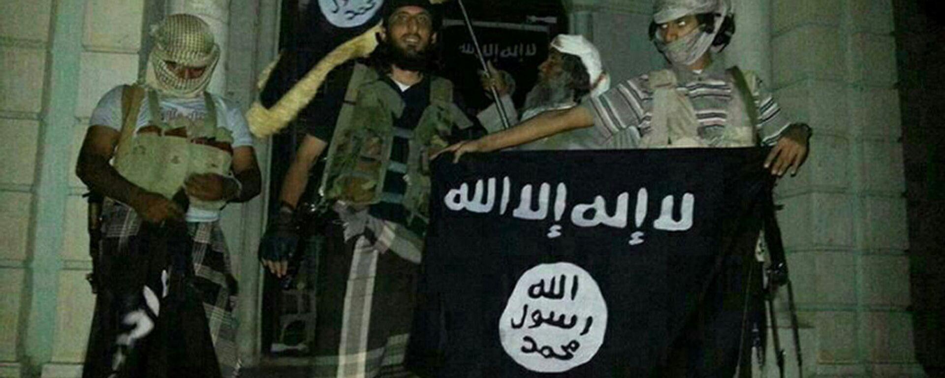 Terroristi dell'al Qaeda - Sputnik Italia, 1920, 14.09.2021