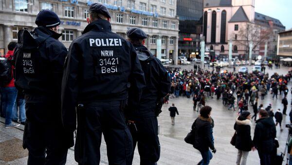Polizia nel centro di Colonia - Sputnik Italia