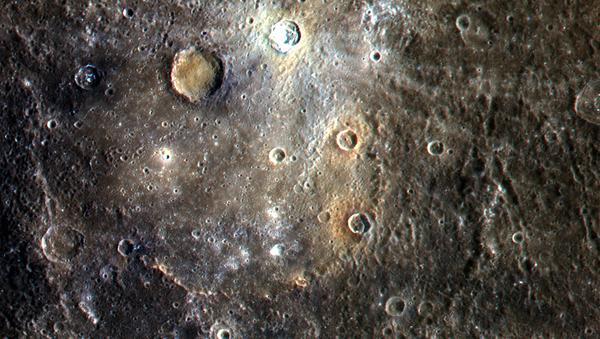 Снимок кратеров планеты Меркурий - Sputnik Italia
