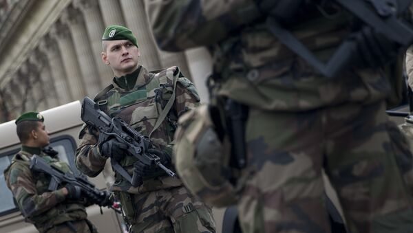 Soldati francesi - Sputnik Italia