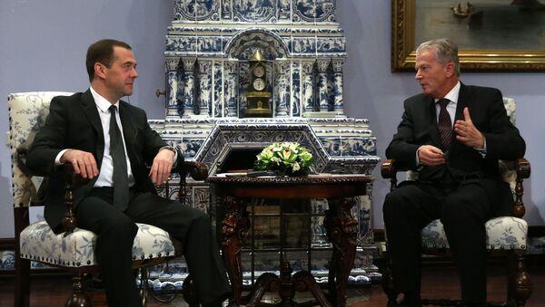 Dmitry Medvedev e Reinhold Mitterlehner - Sputnik Italia