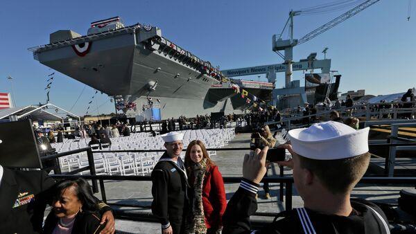 Portaerei USS Gerald Ford - Sputnik Italia