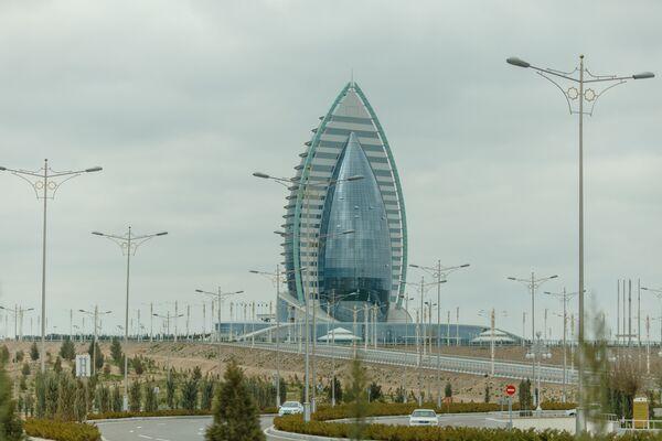 Ashgabat, il complesso alberghiero Yildiz, dov'è si è svolto il Turkmenistan International Media Forum - Sputnik Italia