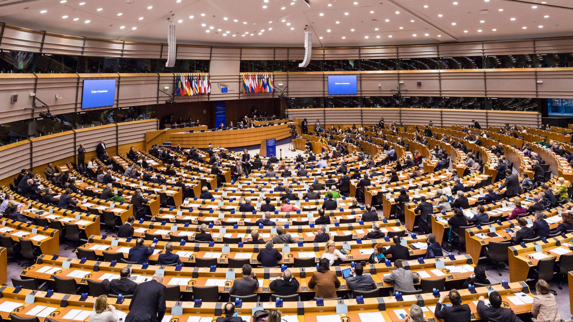 La riunione del Parlamento Europeo a Bruxelles - Sputnik Italia, 1920, 13.08.2021