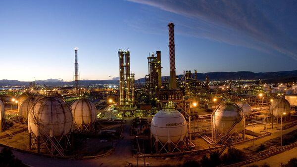 Hellenic Petroleum - Sputnik Italia