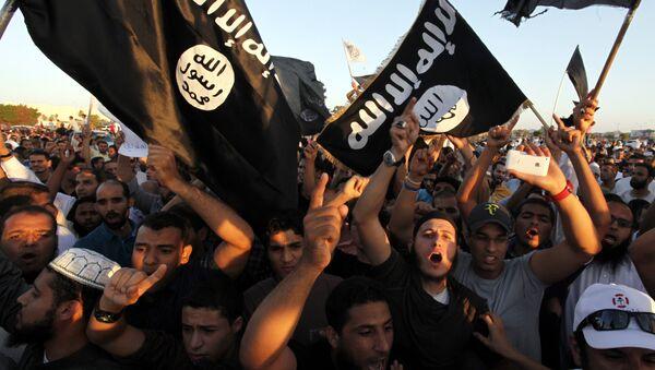 Militanti del Daesh - Sputnik Italia