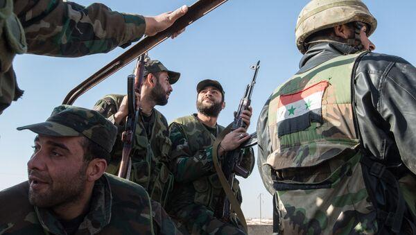 Soldati dell'esercito di Assad - Sputnik Italia