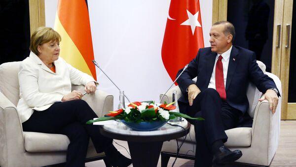 Merkel e Erdogan - Sputnik Italia