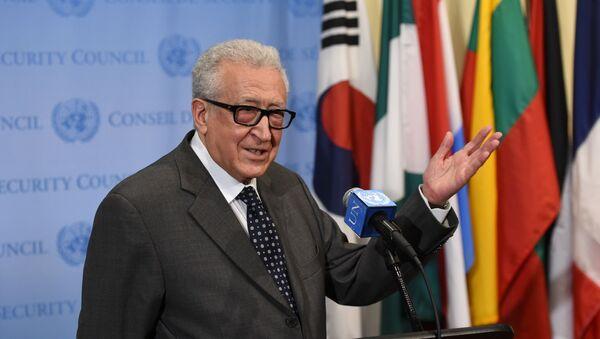 Ex inviato speciale ONU sulla Siria Lakhdar Brahimi - Sputnik Italia