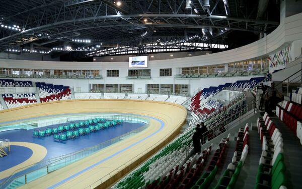 Il nuovissimo Velodromo di Ashgabat, le cui tribune possono accogliere fino a 8000 persone e lo rendono il più grande al mondo - Sputnik Italia