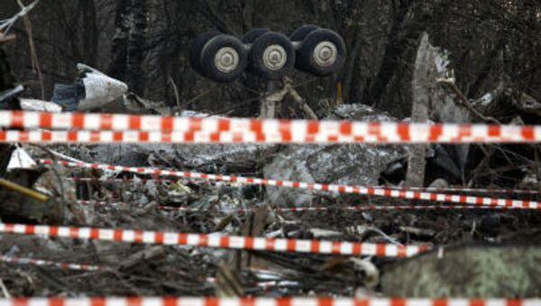 Il luogo dello schianto dell'aereo su cui viaggiava il presidente polacco Lech Kaczynski, l'11 Aprile del 2010. - Sputnik Italia