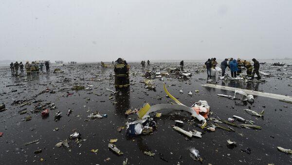 Пассажирский самолет Boeing-737-800 разбился при посадке в аэропорту Ростова-на-Дону - Sputnik Italia