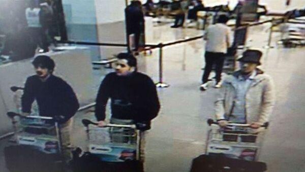 Fratelli Brahim e Khalid Bakraoui all'aeroporto di Bruxelles - Sputnik Italia