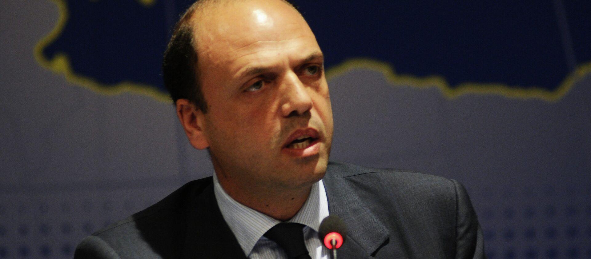 Il ministro degli Interni italiano Angelino Alfano - Sputnik Italia, 1920, 11.12.2020