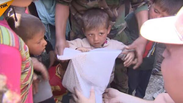 Consegna degli aiuti russi alla popolazione di Aleppo - Sputnik Italia