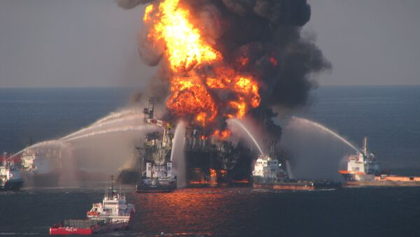 Il disastro alla piattaforma petrolifera Deepwater Horizon, 2010. - Sputnik Italia