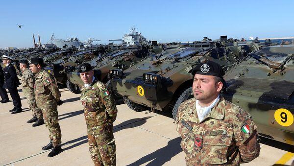 Soldati italiani in Libia - Sputnik Italia