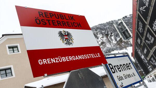 Segna Repubblica d'Austria - frontiera a Brennero - Sputnik Italia