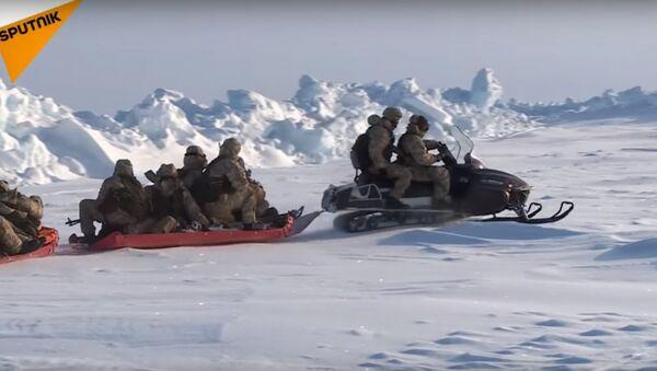 Esercitazioni militati nell'Artico - Sputnik Italia