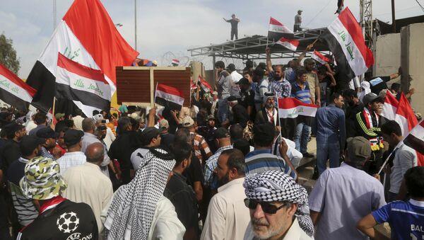 Sostenitori di Muqtada al-Sadr a Baghdad - Sputnik Italia