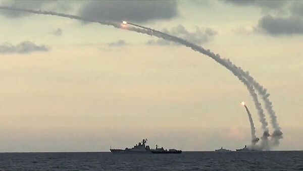 Lancio di un missile Kalibr - Sputnik Italia