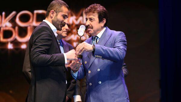 Premiazione della radio informativa RS FM, che trasmette le trasmissioni di Sputnik in Turchia - Sputnik Italia