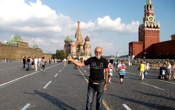 Pier Luigi Delvigo alla Piazza Rossa, Mosca - Sputnik Italia