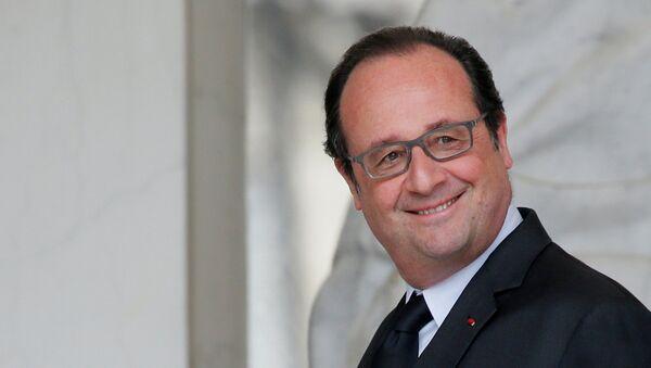 Francois Hollande - Sputnik Italia