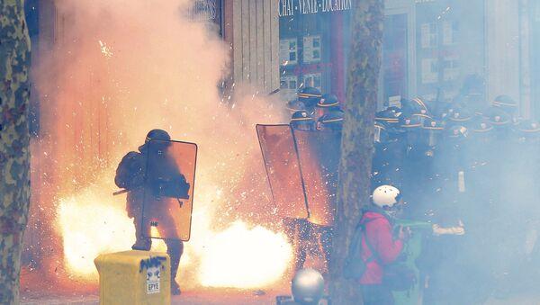 Manifestazioni in Francia - Sputnik Italia