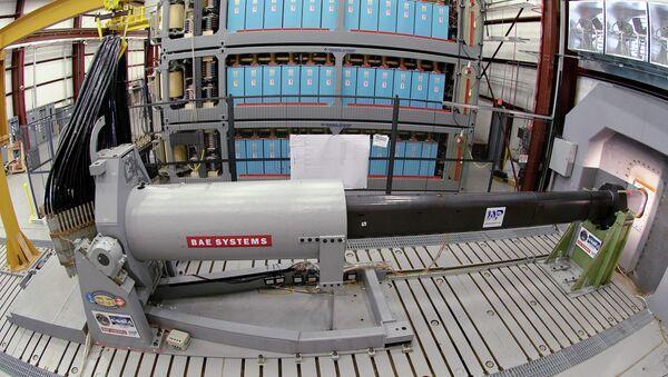 Prototipo di cannone a rotaia (Railgun) - Sputnik Italia