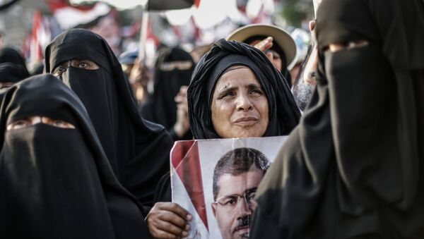 Le manifestazioni di appoggio al ex-presidente Morsi a Cairo - Sputnik Italia
