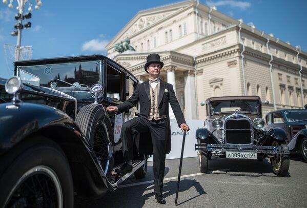 Auto d'epoca in parata a Mosca - Sputnik Italia
