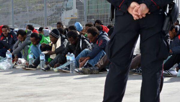 immigrati giunti in Italia - Sputnik Italia