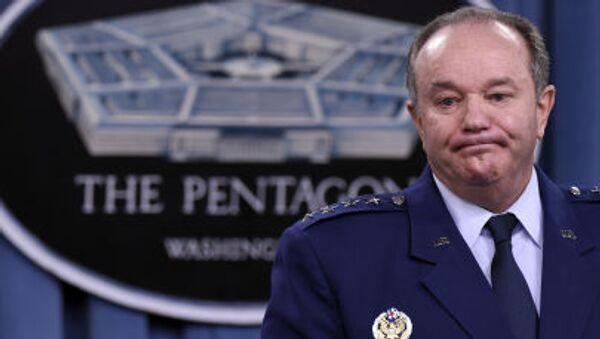 Il Generale Philip M. Breedlove, Comandante Supremo delle Forze Alleate in Europa (SACEUR) - Sputnik Italia