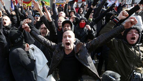Militanti di estrema destra - Sputnik Italia